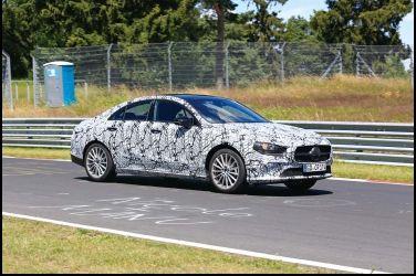 微型CLS  Mercedes-Benz CLA