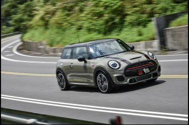 約翰跑步  Mini JCW 3 Door Hatch