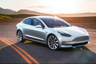 以利企業發展? Elon Musk希望回收股票讓Tesla私有化