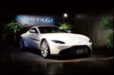 英倫前鋒Aston Martin Vantage