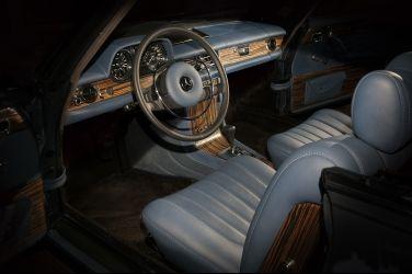 經典車翻新很夯  用Riva船骸重建Mercedes-Benz 250 CE老車還是頭一遭?