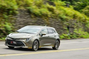 均衡佳作  Toyota Auris(上) 外觀、內裝、空間篇