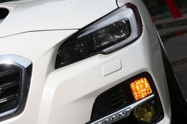最近愛車的方向燈有時很正常,有的時候閃個兩下就停止,故障警示燈的閃爍也是如此,為什麼?