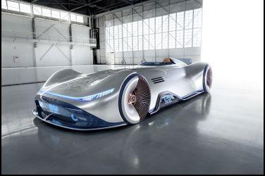 向經典賽車致敬  Mercedes-Benz Vision EQ Silver Arrow