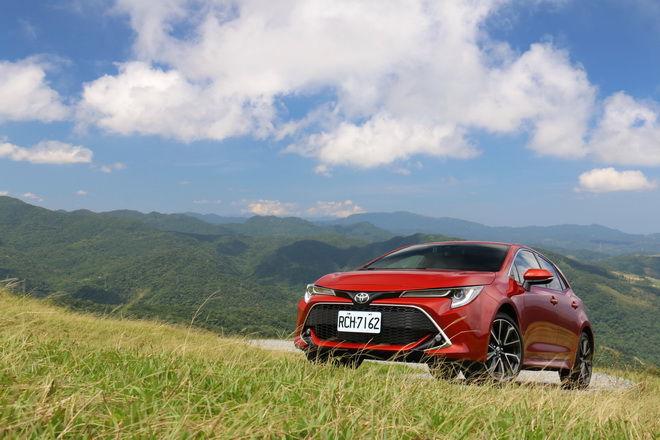 日本原裝進口掀背強勢來襲 Toyota Auris旗艦版試駕-外觀內裝篇