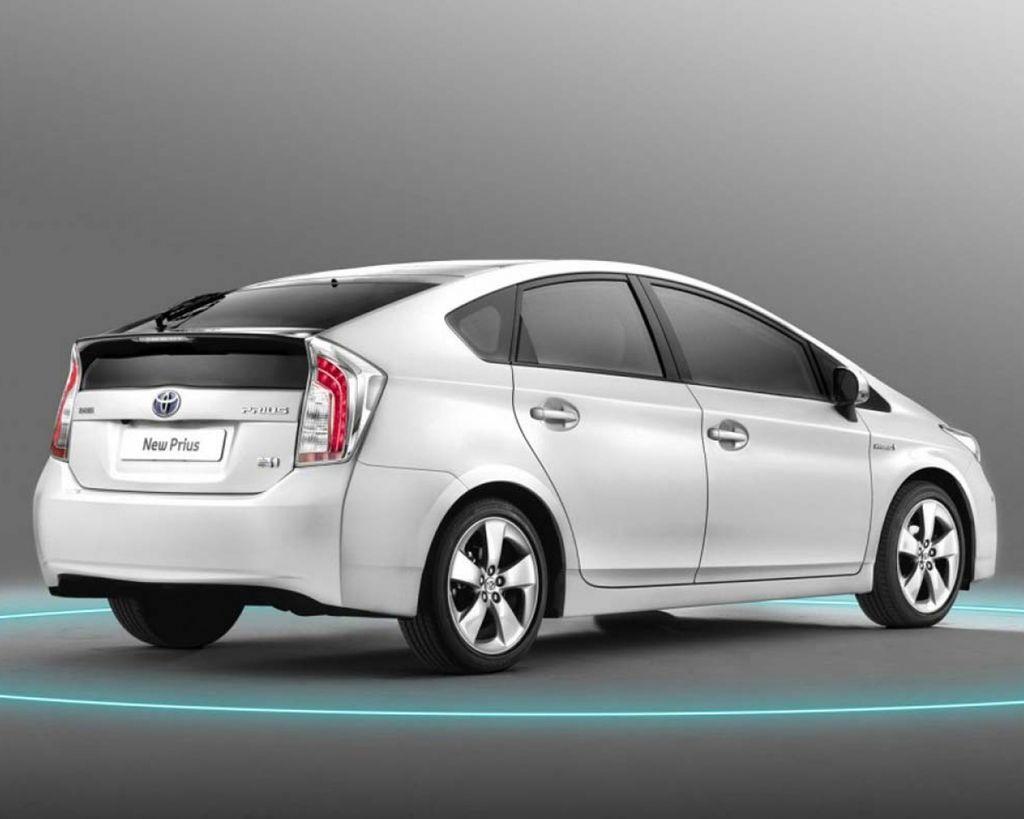 【插電式vs油電混合車】那些年Toyota發起的Prius (5-1)