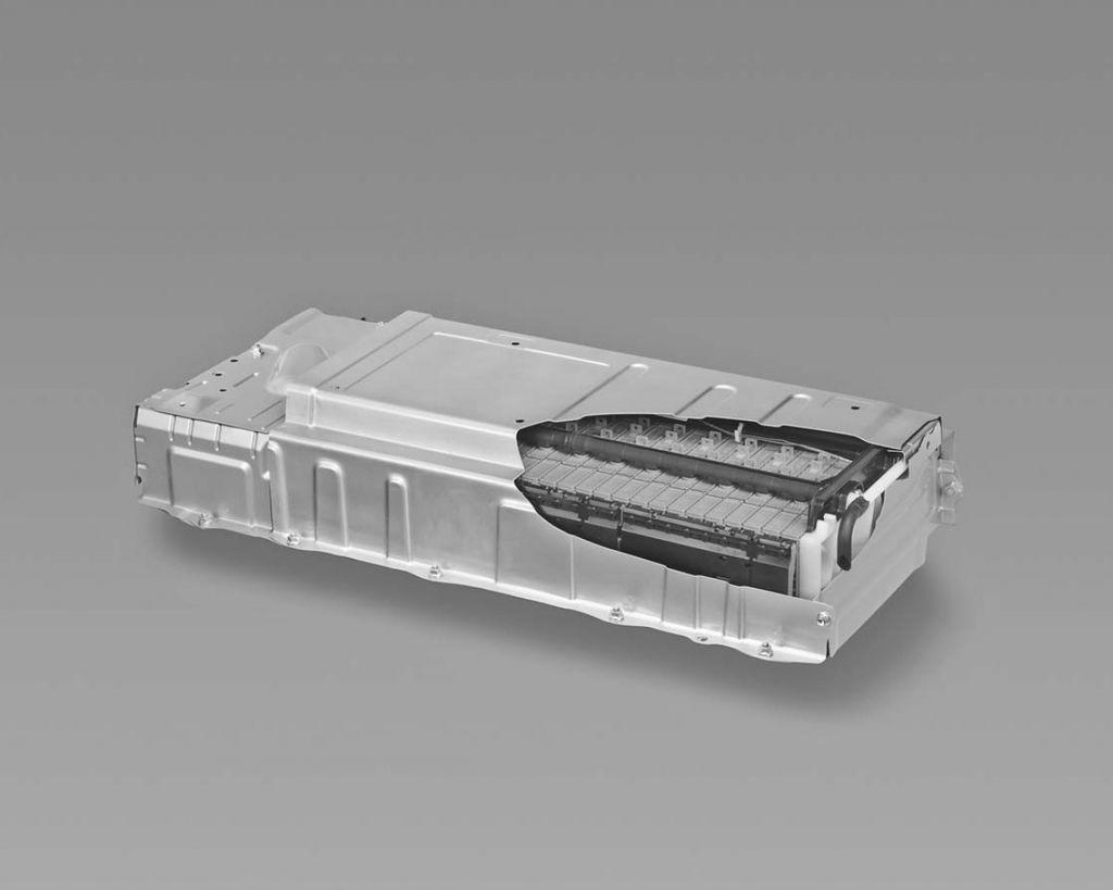 【插電式vs油電混合車】HV和PHV的電池容量大不同?(5-2)