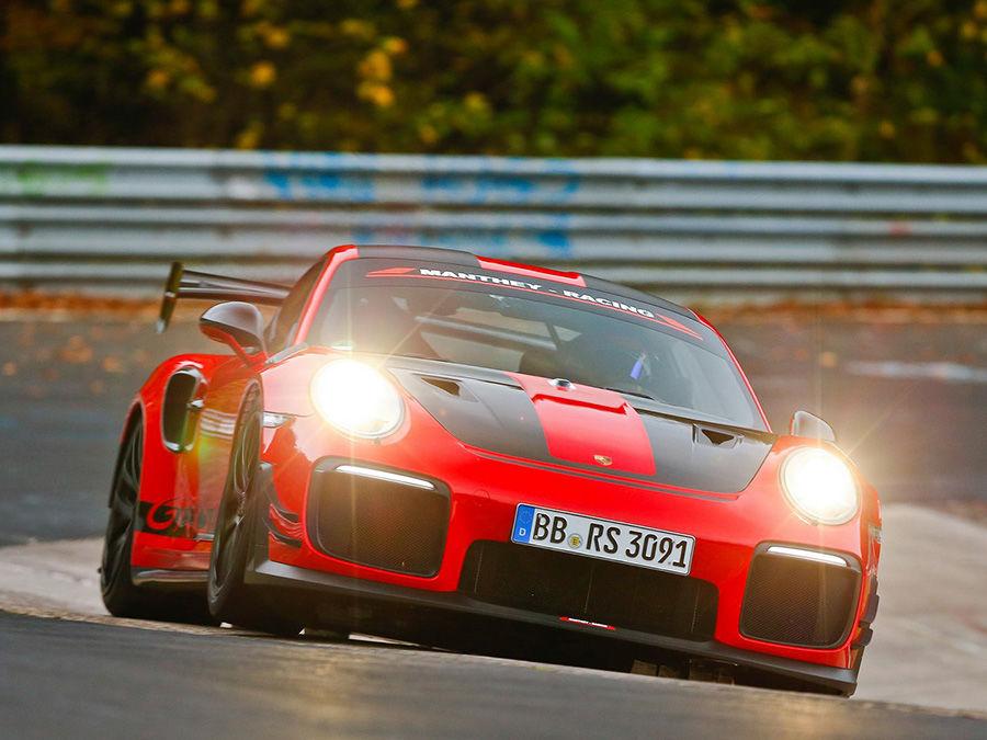 Porsche 911 GT2 RS MR創下紐伯林最速紀錄6分40秒3!(影片)