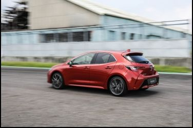 Toyota Auris第一戰   Mazda 3真如想像挫勒等?(下)