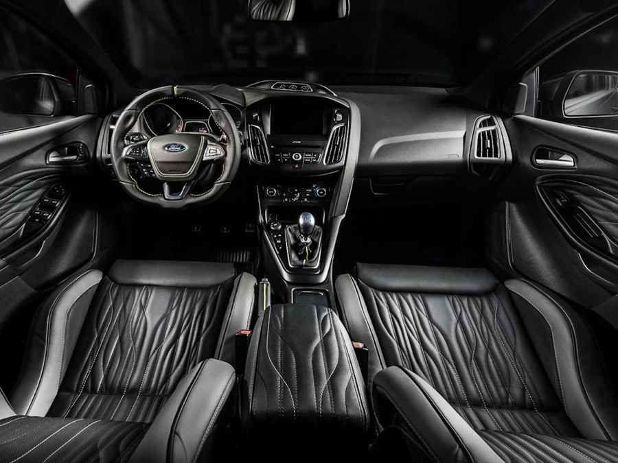 Carlex Design大手一揮,Ford Focus RS變得更加誘人了
