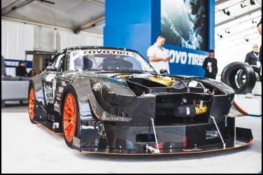 破銅爛鐵大變身   The All Carbon  240Z(S30)