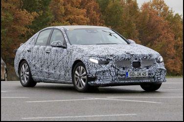 什麼?? 下一代Mercedes-Benz C-Class開始路試了!!!