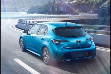 Toyota Auris第二戰   全新大改款Mazda 3的逆襲!!(下)
