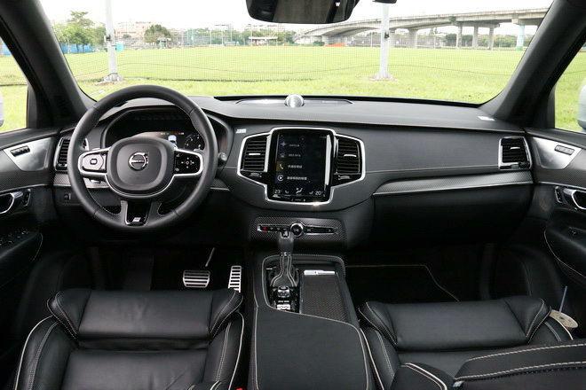 低調的北歐七人座運動豪華休旅 2019年式VolVo XC90 T5 R-Design登台試駕: Page 2 of 3