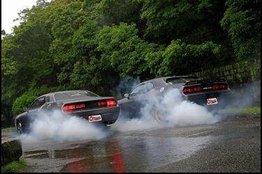 好療癒…肆無忌憚的燒胎吧!!!   Dodge Challenger SE
