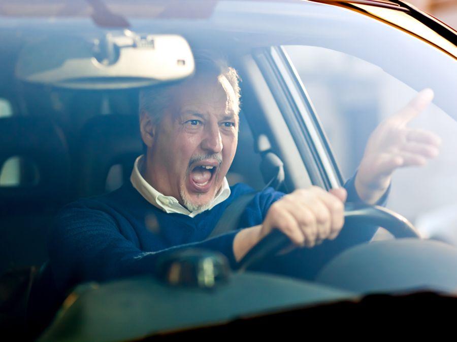 英國研究…..開BMW 4系列的駕駛人最惡霸!