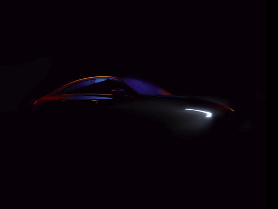 Mercedes-Benz小露第二代CLA-Class車身輪廓