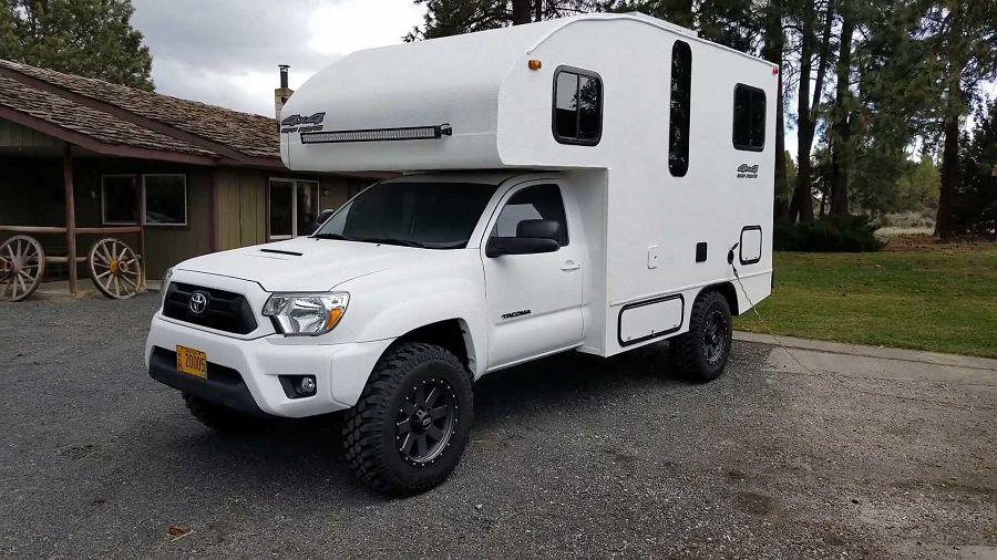 能完整應對所有露營需求的Toyota Tacoma改造露營車