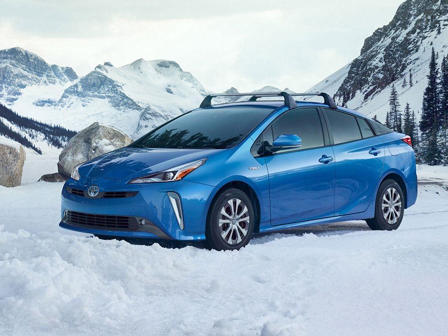 四驅版Toyota Prius AWD-e雪地挑戰!真比前驅強?