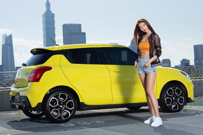 Motor Babe - Suzuki Swift Sport    日籍小鋼砲