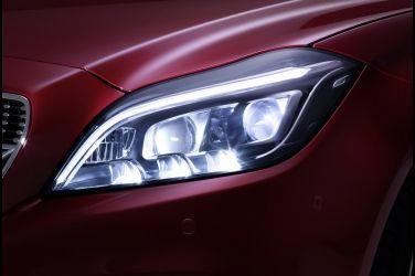 [專題企畫-頭燈] PART5-1  最新進照明技術--智慧矩陣式LED頭燈 !!