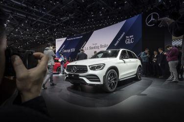 日內瓦車展發表 GLC Facelift
