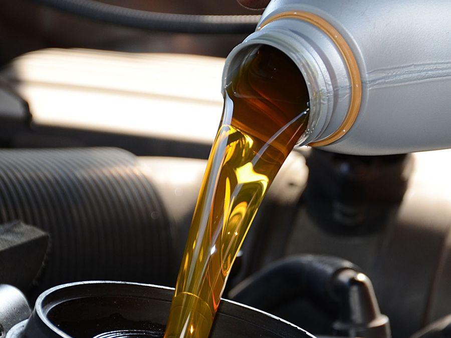 新車就吃機油?還是正常機油消耗?