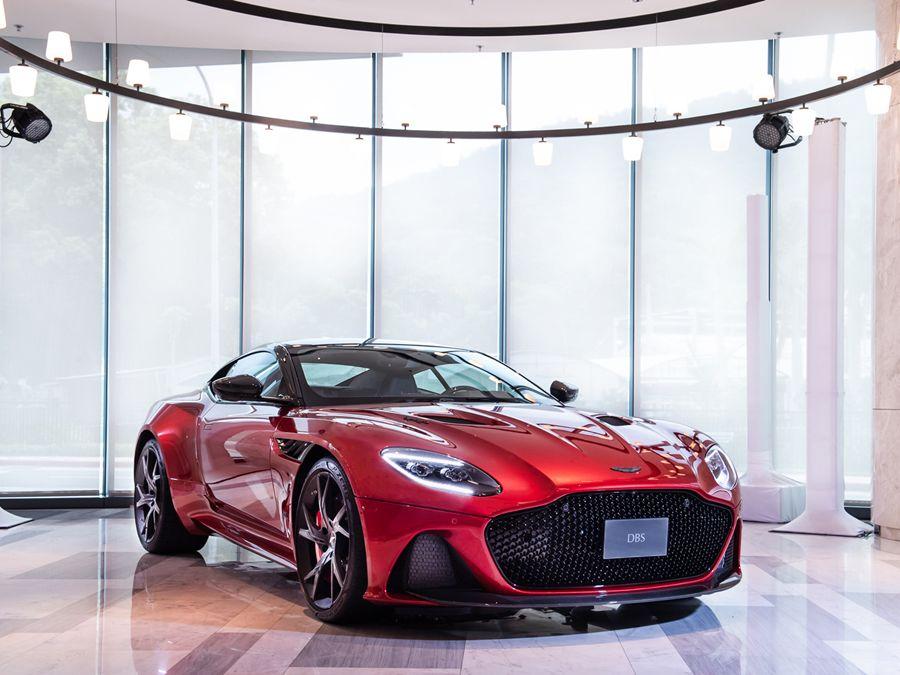 Aston Martin DBS Superleggera磅礡登台