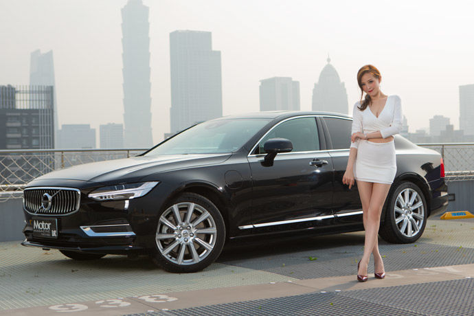 Date With LUCY - Volvo S90 T8 Inscription    新世代油電情人