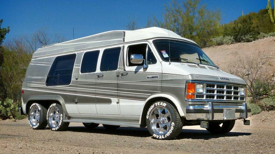 這1991 Dodge Ram三軸商用車竟是由車廠自己打造的?