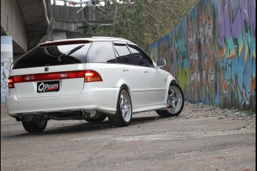 Honda Accord Wagon SiR(下)  DOHC VTEC引擎原廠搭載 !!