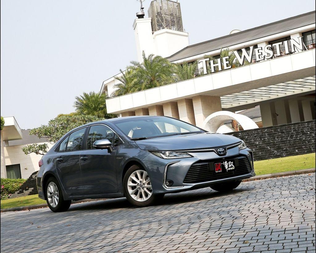 強者更強 Toyota Corolla Altis 1.8 Hybrid !!