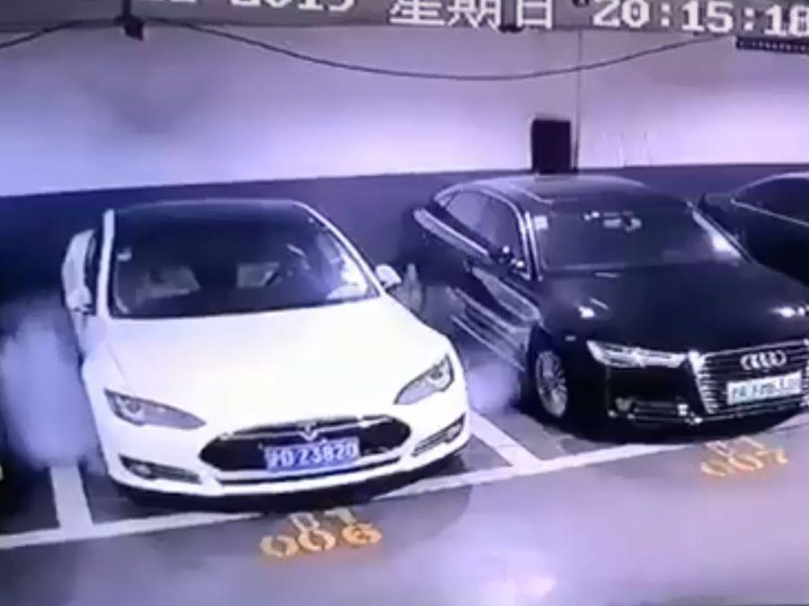 特斯拉原廠人員抵達上海調查Model S自燃事件