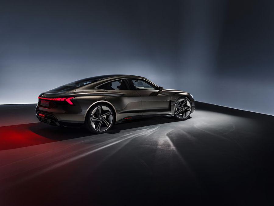 無雷!Audi e-tron GT concept現身復仇者聯盟4-終極之戰!