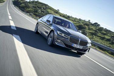 [影音] 稱王之路  BMW 750Li xDrive海外試駕 !!