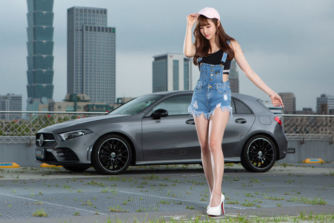 Motor Babe - Mercedes-Benz A250    A+運動員