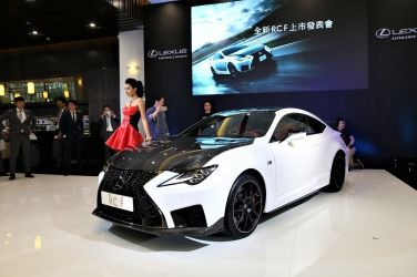 日本武士  Lexus RC F / RC F Track Edition !!