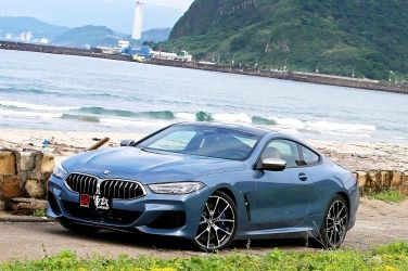 跑風旗艦  BMW M850i xDrive Coupe !