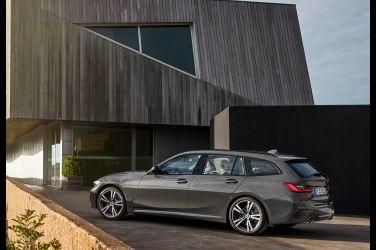 二姨駕到 BMW 3 Series Touring
