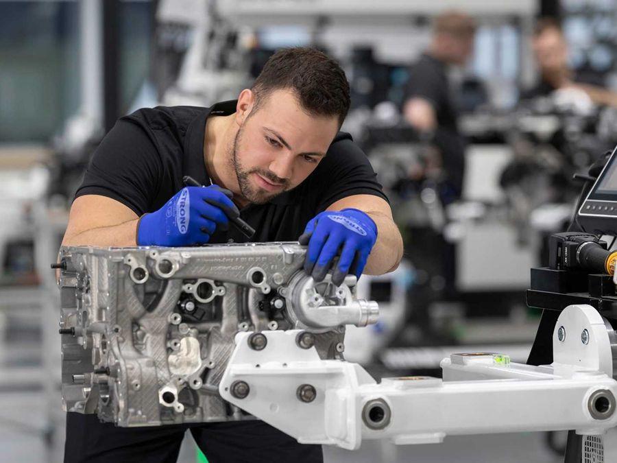 到底用了什麼黑科技?AMG新發表M139渦輪引擎!