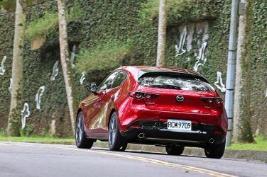 匠心 Mazda3 5D BOSE旗艦型(下)