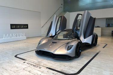 神速英靈  Aston Martin Valhalla