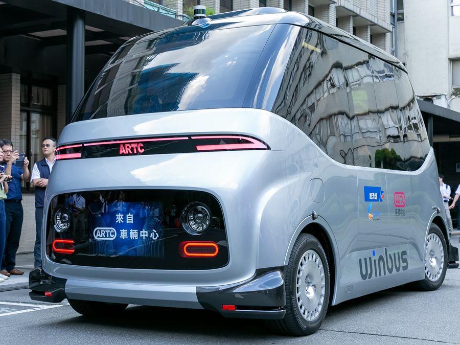 WinBus  國人自研自製MIT自駕電動小型巴士發表