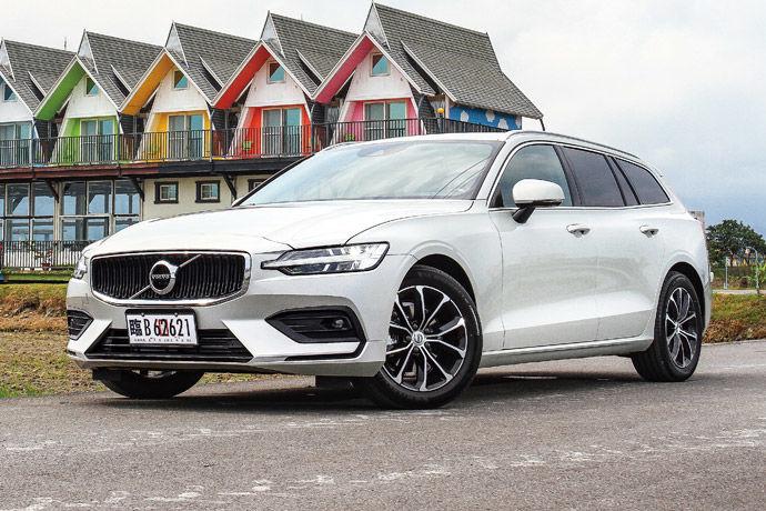揉合六十年的旅行車精髓    Volvo V60 T4 Momentum
