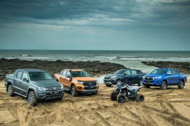 玩沙就靠它!皮卡皮卡! (上)  Toyota Hilux + Ford Ranger + VW Amarok + SsangYong Rexton Sports !