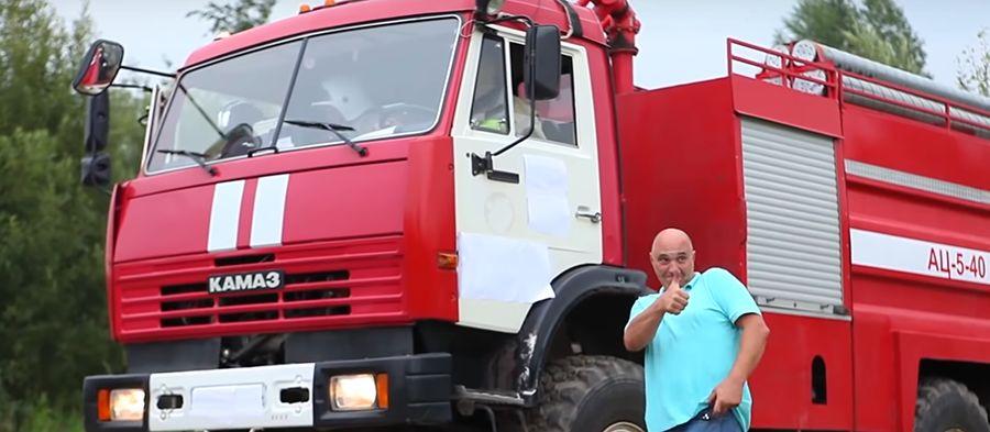 俄羅斯高壓洗車才叫猛!後視鏡收不收都會斷!