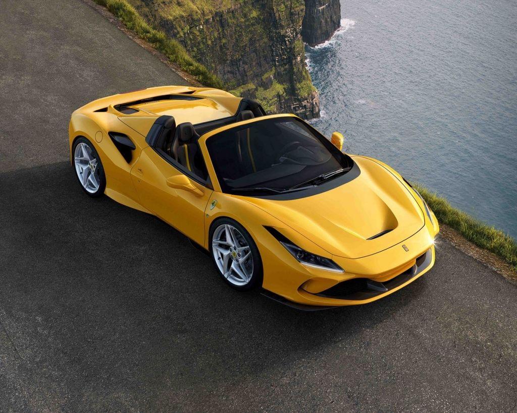 全新Ferrari F8 Spider 搭載頂尖V8中後置引擎 !!