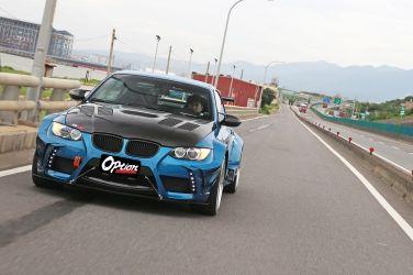 [OPTION改裝電子別冊] 強大動力只是基本!  BMW 335i E93歐系性能車(上) !