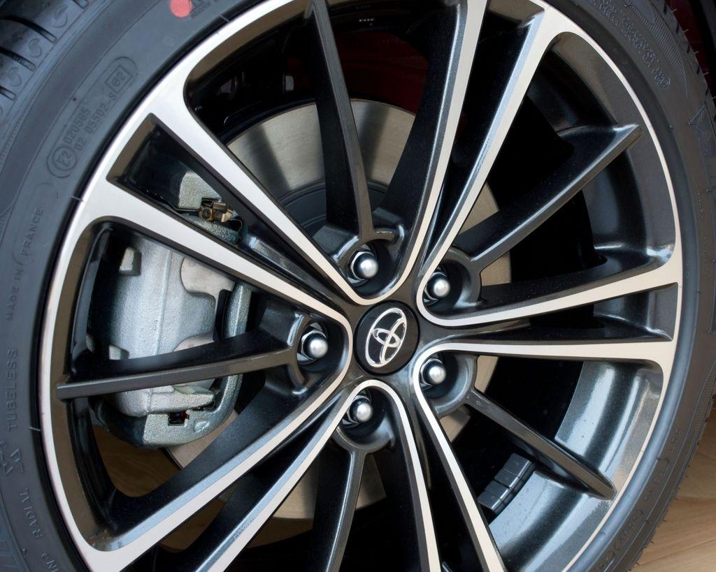 煞車改裝必修8問 初學者一次搞懂(1)--最有效+省錢的煞車強化術 ?!!