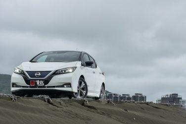 純電就是潮  Nissan Leaf !